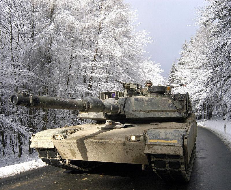 戦車 出典:ウィキペディア
