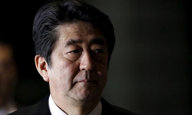 写真(政権批判を絶対に許さない安倍総理) 出典:Yuya Shino/Reuters
